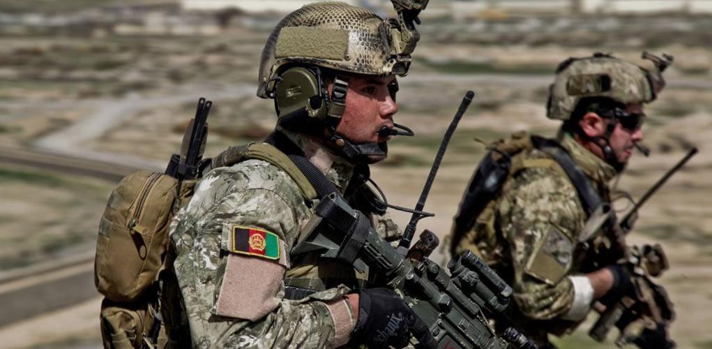 ANA Commando soldier alongside US SOF member - ANA Commando Brigade