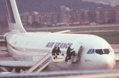 hijacking of Air France Flight 8969 in December, 1994