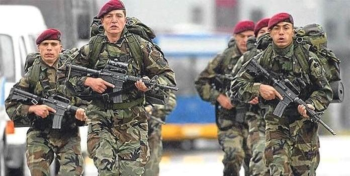 A squad of the Bordo Bereliler (Maroon Berets) operators