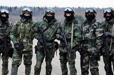 Cuban special forces posing for photo during training