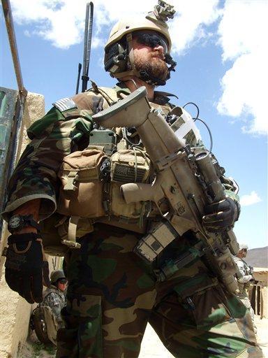 USAF Operator armed with FN SCAR-L (Mk 16)