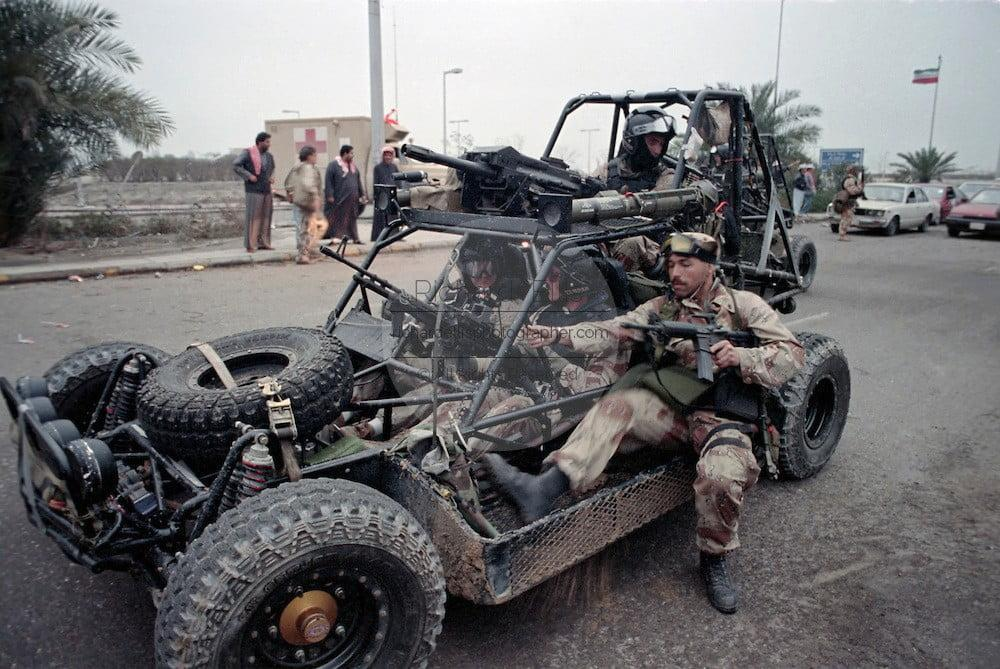 British SBS operating alongside Navy SEALs in Gulf War, Kuwait City