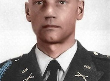 Larry Thorne as member of US Army - Story about Special Forces legend