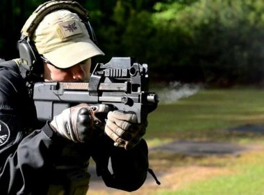 Submachine gun FN P90 chambered in 5.7 mm