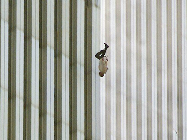 The Falling Man - 7 pictures of 9/11 that show you why you should never forget