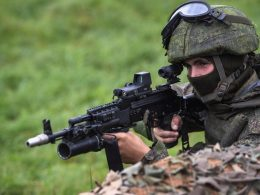Russian soldier equipped with AK-400 assault rifle