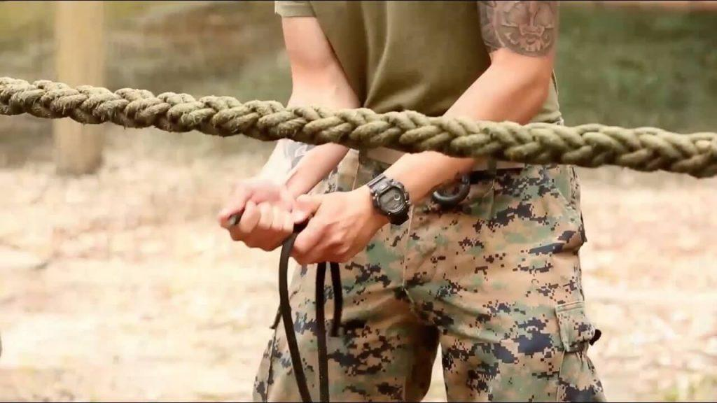 h vi76qdvbo - A Navy SEAL explains how to escape if you've been tied up
