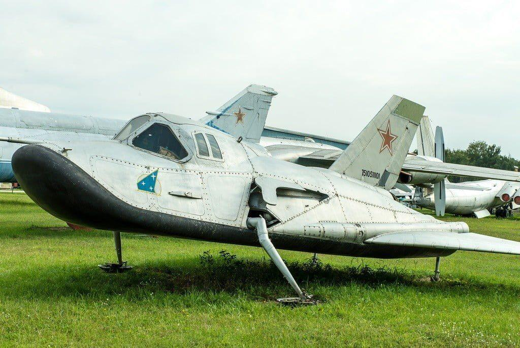 mig 105 - Russian Prototype Weapons That Never Made Into Serial Production