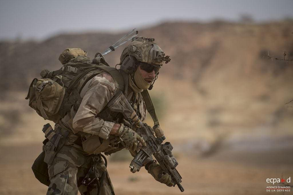 How much ammo does an SOF operator carry into battle? FFL GCM operator