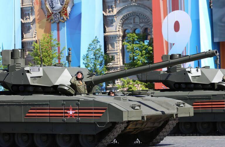 T-14 Armata tank with the long-awaited massive 152 mm gun modification