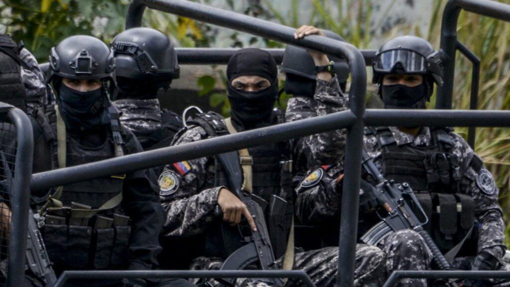 Fuerzas de Acciones Especiales FAES Venezuela - Special Unit FAES strikes fear in Venezuela