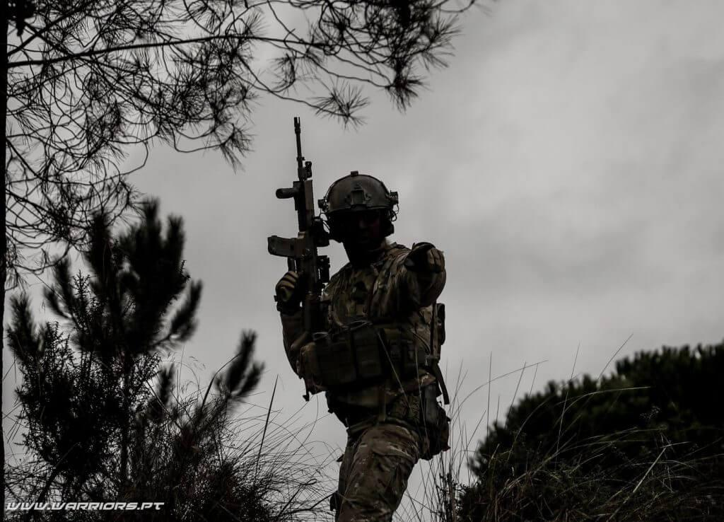 Basic Combat Load: Portuguese soldier with FN SCAR-L