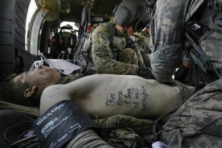 For those I love, I will sacrifice iconic photo from the MEDEVAC helicopter