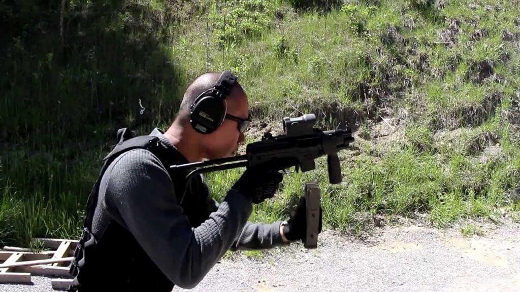 FAMAE Mini SAF 9mm (Photo: Youtube/Tactical)