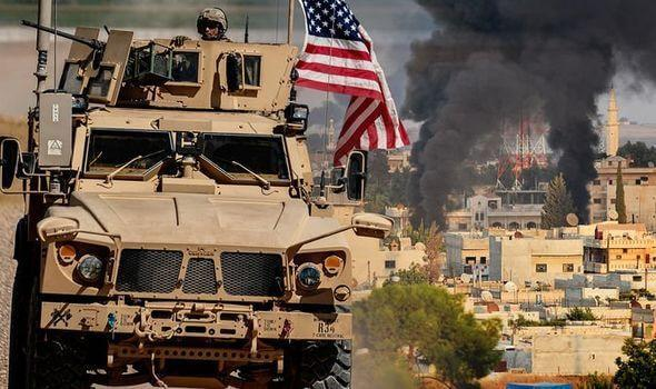 Around 300 British and U.S. special forces soldiers were trapped in Syria 5