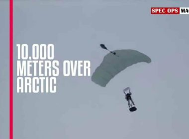 Russian paratroopers in first-ever HALO jump over the Arctic