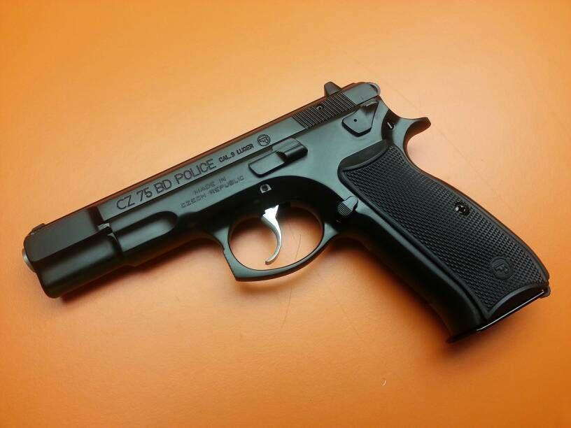 CZ 75 BD Police is equipped with loaded chamber indicator, reversible magazine catch, lanyard ring, checkered front and back strap of the grip and serrated trigger as standard