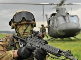 Italian soldier armed with Beretta SC70/90 carbine