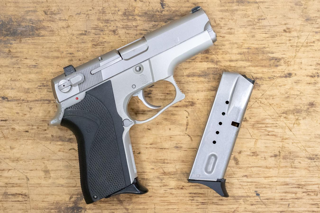 Smith & Wesson Model 6906 chambered in 9 mm