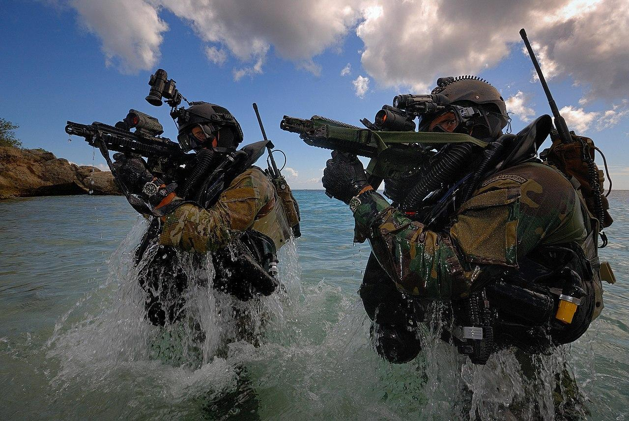 Dutch Marine corps frogmen, armed with the HK416 D10RS during an over-the-beach (OTB) exercise