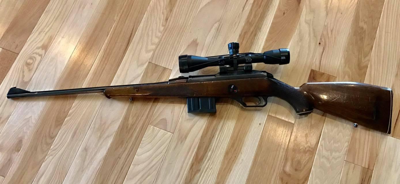 Heckler & Koch HK770 with mounted scope